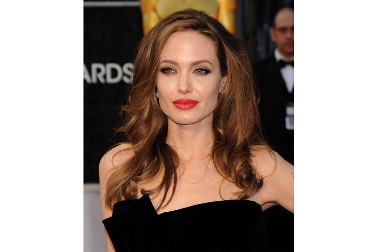 Oscar 2012: Angelina Jolie
