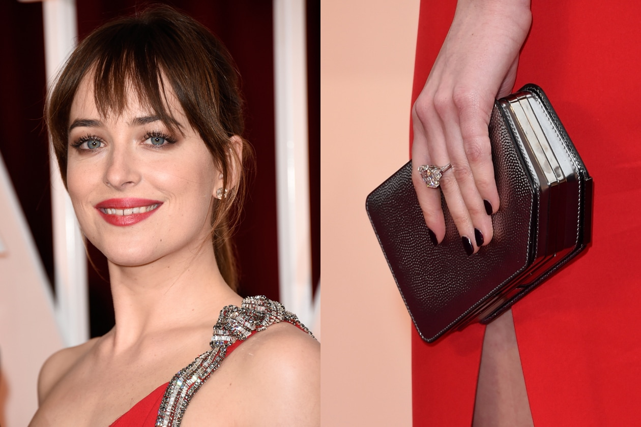 Oscar 2015 Migliore rossetto abbinato a manicure: Dakota Johnson