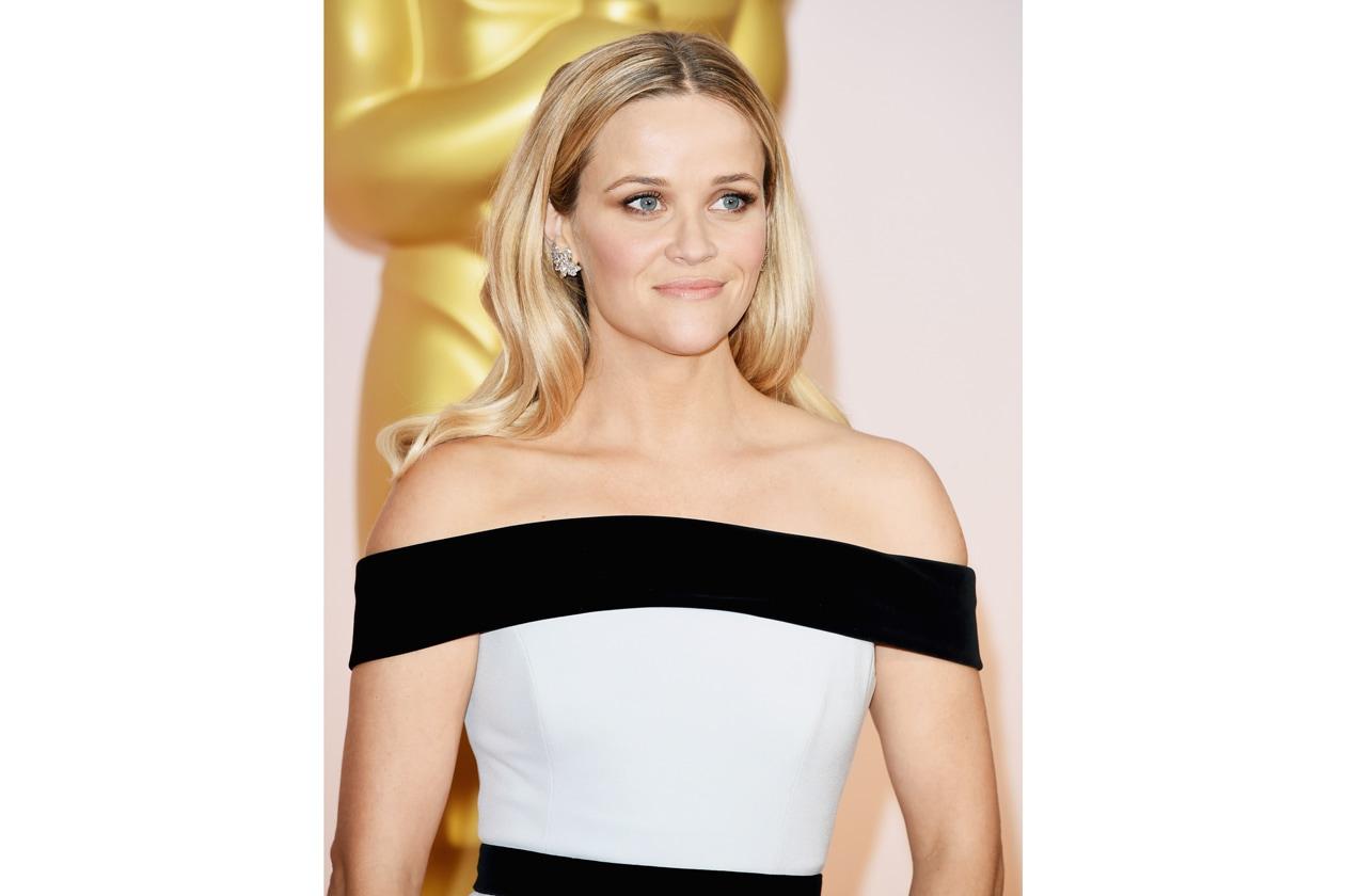 Oscar 2015 Migliori capelli con riga centrale: Reese Witherspoon