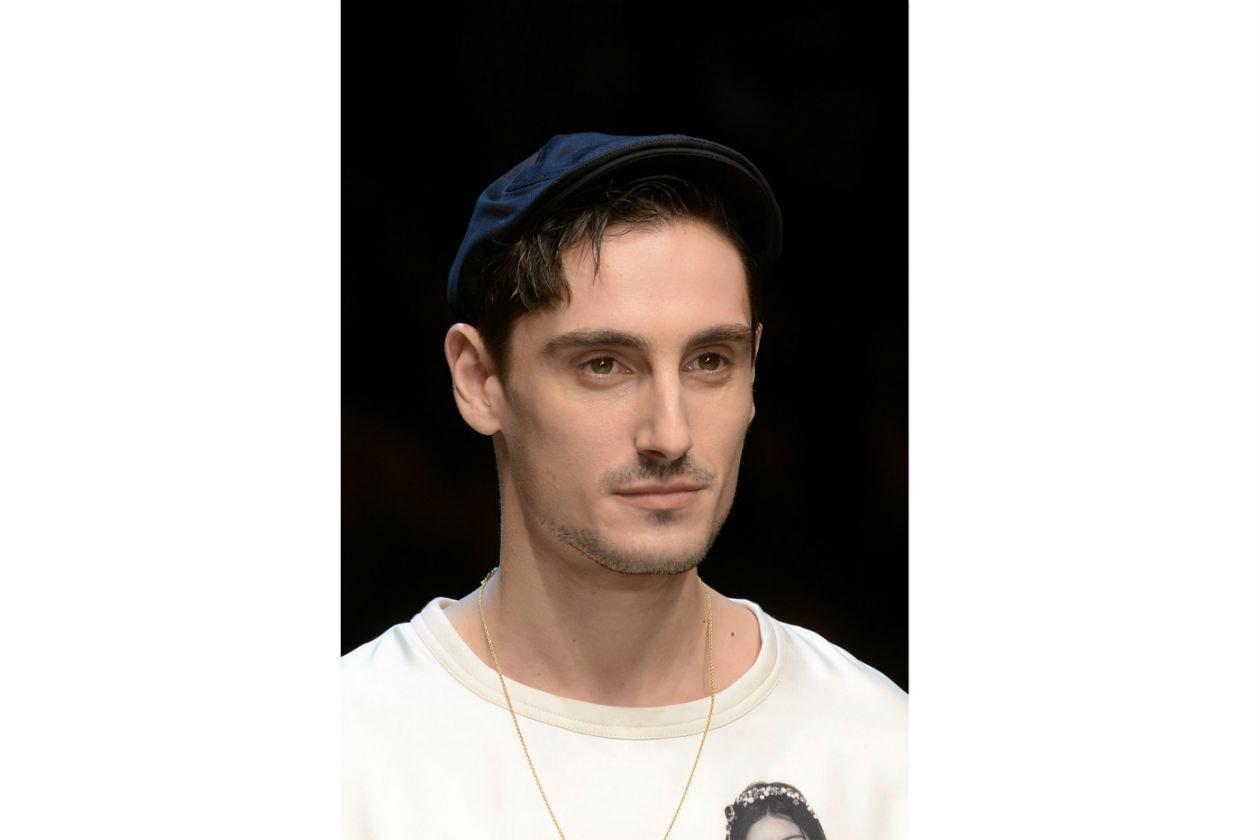 PIZZETTO: ritorno di uno stile un po' anticonvenzionale. Molto di moda negli anni Novanta, ora è spesso soltanto accennato (Dolce&Gabbana)