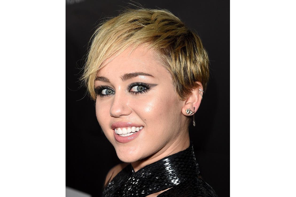 Trucco correttivo: il segreto di Miley Cyrus