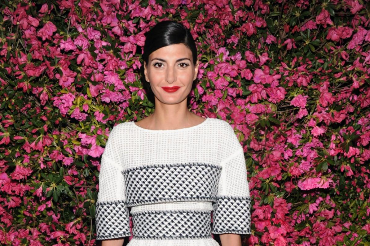 Giovanna Battaglia beauty look: dal rossetto rosso e nude al mascara nero