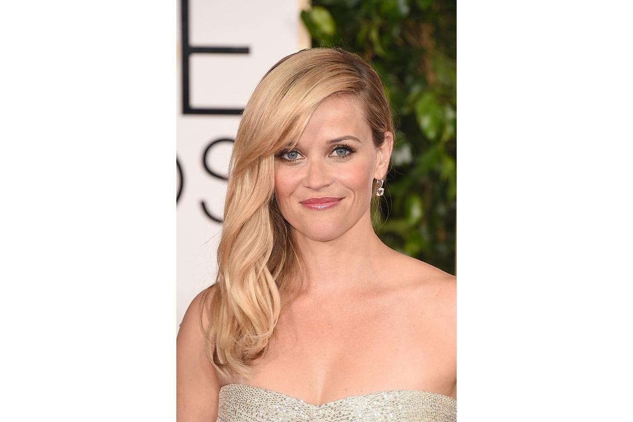 CAPELLI RACCOLTI DI LATO: Reese Witherspoon