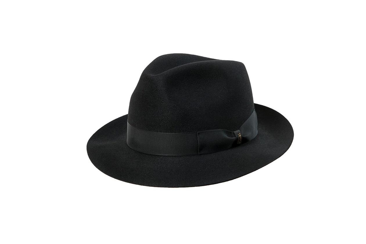 tesi hats