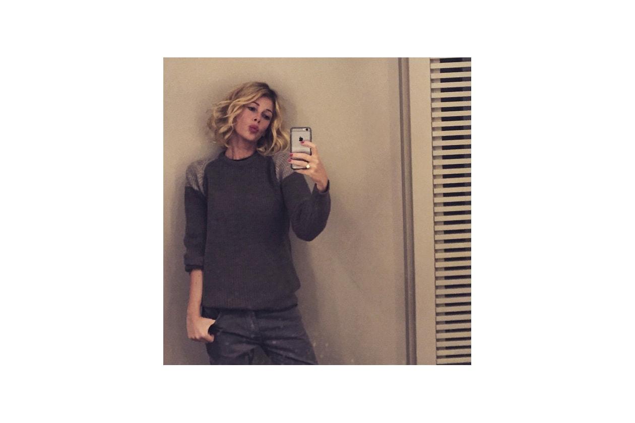 Alessia Marcuzzi capelli: super curly pumped up hair