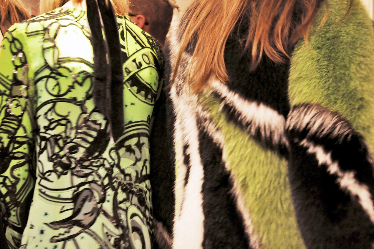 BACKSTAGE EMILIO PUCCI A/I 2015-16: GREEN, WHITE AND BLACK