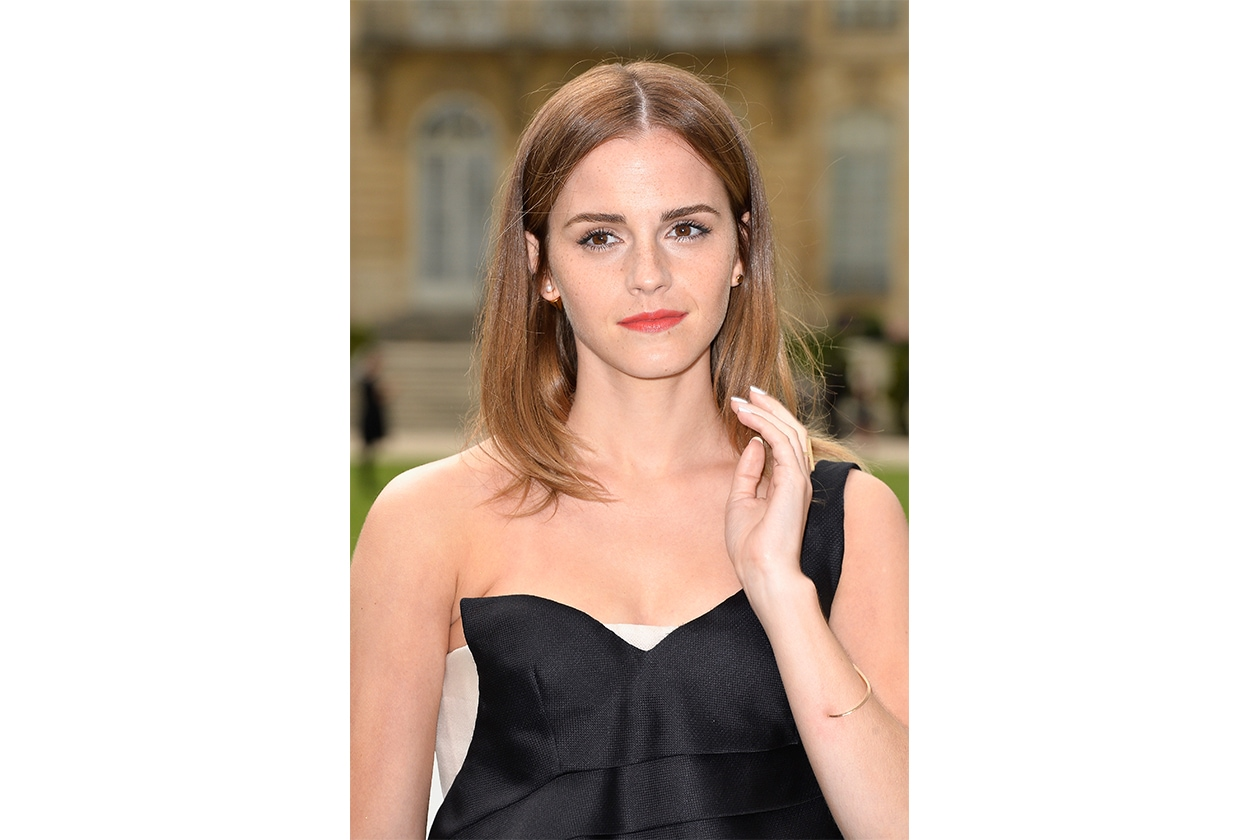 Capelli con la riga in mezzo delle star: Emma Watson