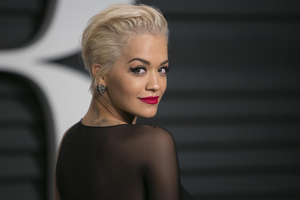 Capelli corti: Rita Ora