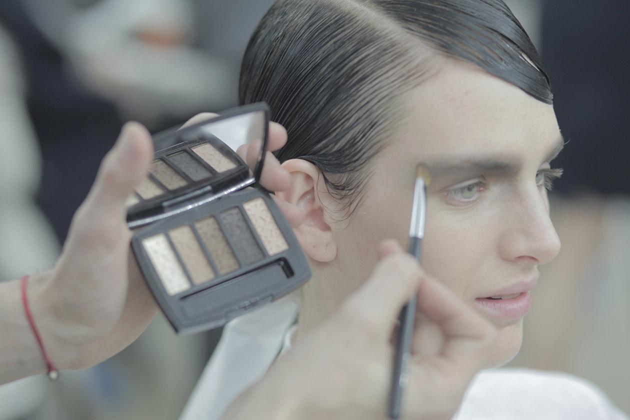 Chanel Prêt-à-Porter Autunno/Inverno 2015-16: trucco palpebra superiore