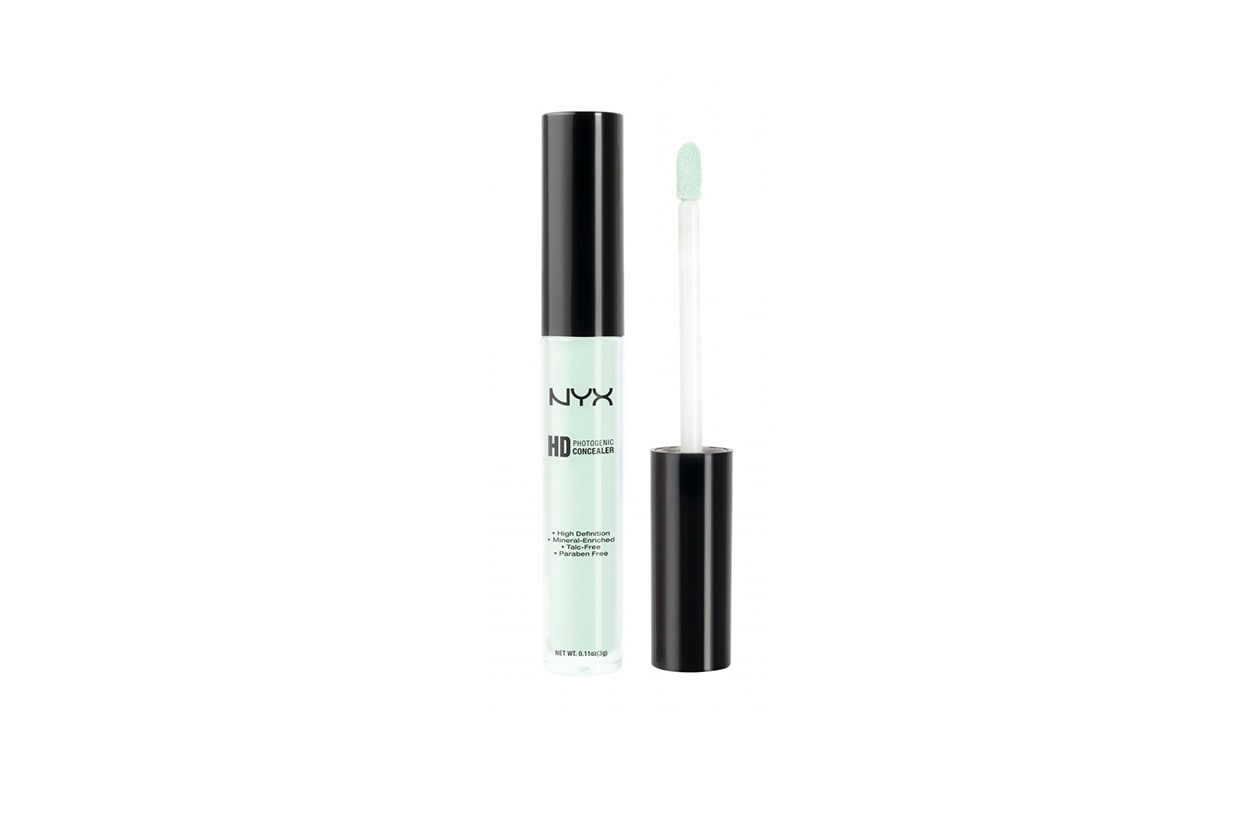 Correttore verde: Concealer Wand in green di NYX Cosmetics