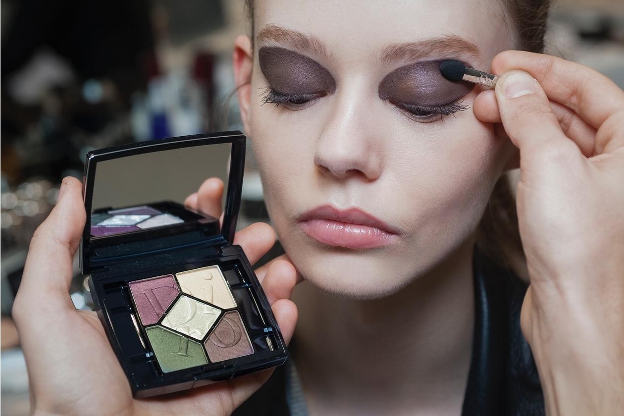 Dior Prêt-à-Porter A/I 2015-16: viola scuro per il trucco occhi
