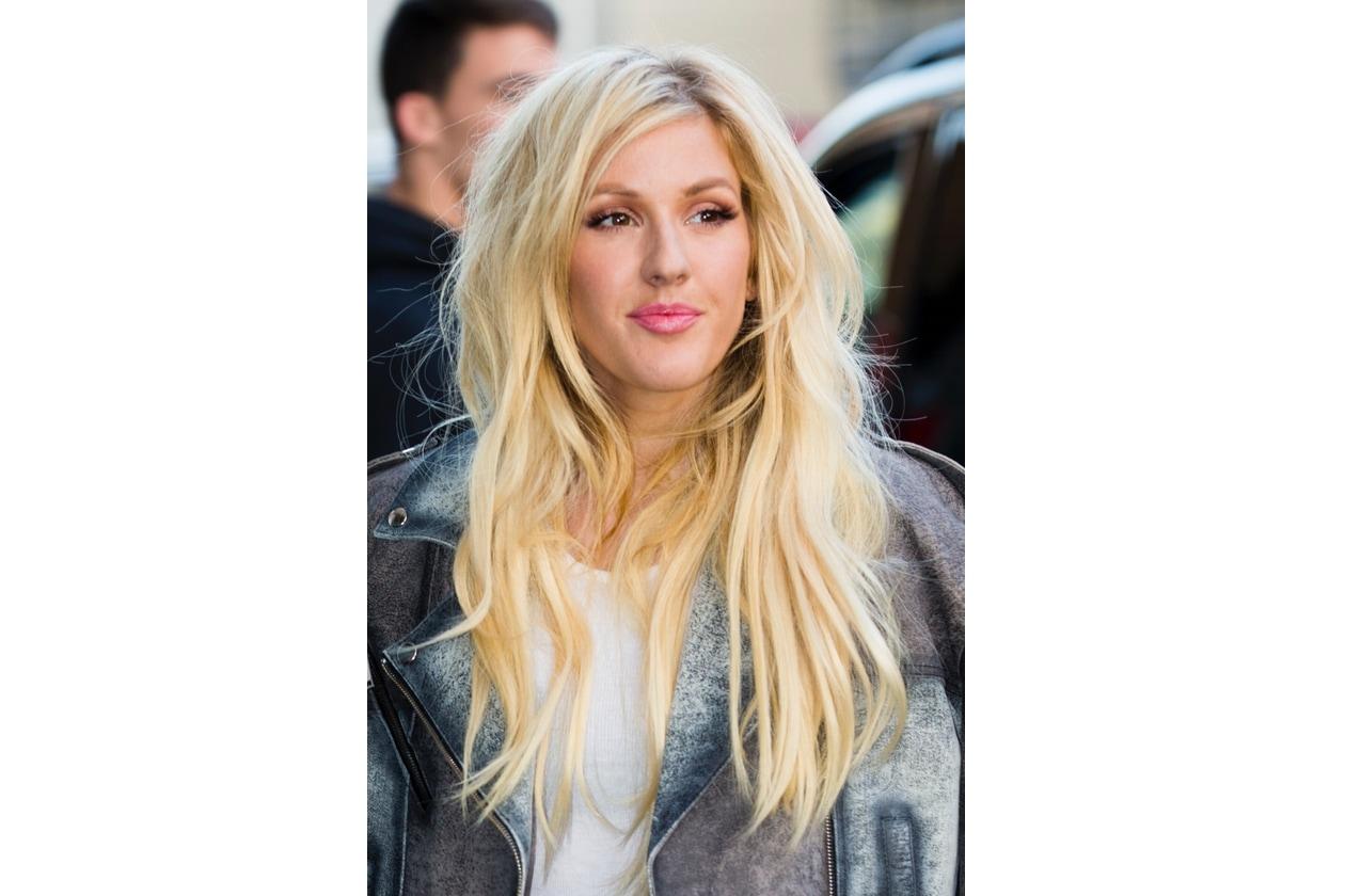Ellie Goulding capelli: biondo lucente