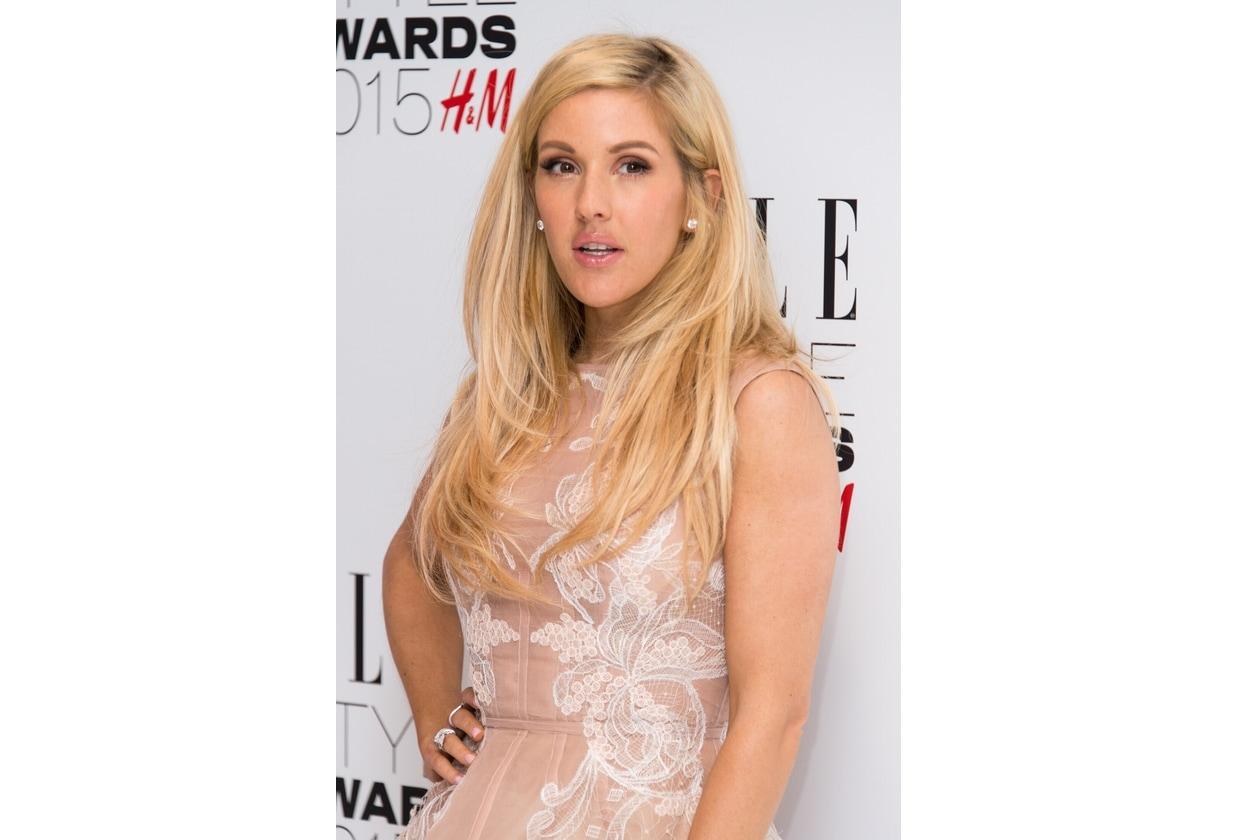 Ellie Goulding capelli: taglio lungo e scalato
