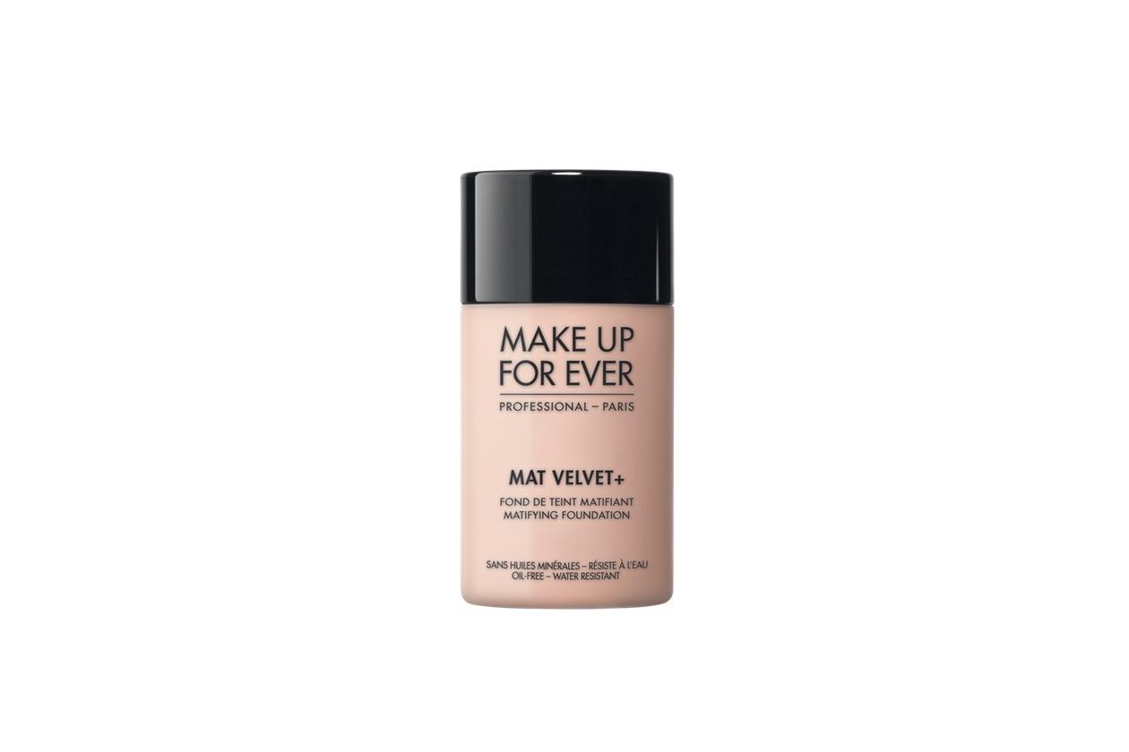 Fondotinta matte: Make Up For Ever Mat Velvet +