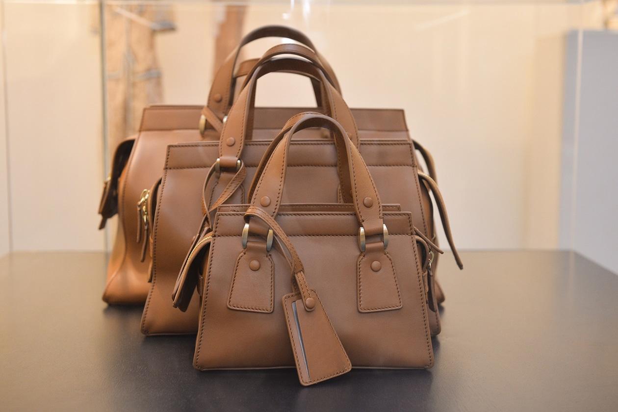 Giorgio Armani presenta Le Sac 11, una borsa in edizione
