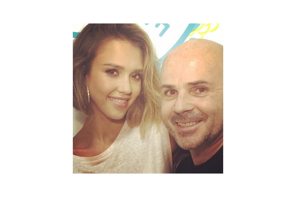 Jessica Alba capelli: con l'hairstylist Giannandrea