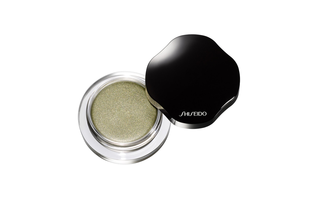 OMBRETTI IN CREMA: Shimmering Cream Eye Color in Naiad GR125 di Shiseido