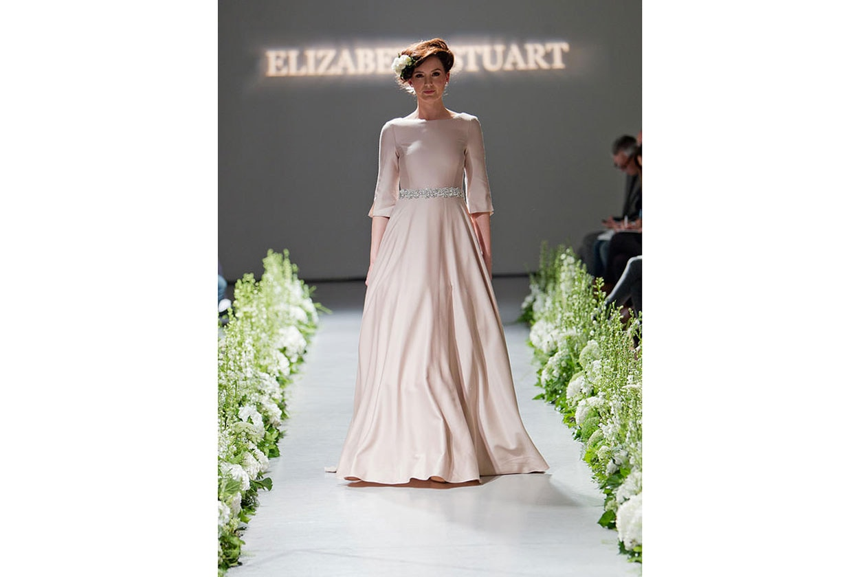 abiti da sposa colorati: Elizabeth stuart