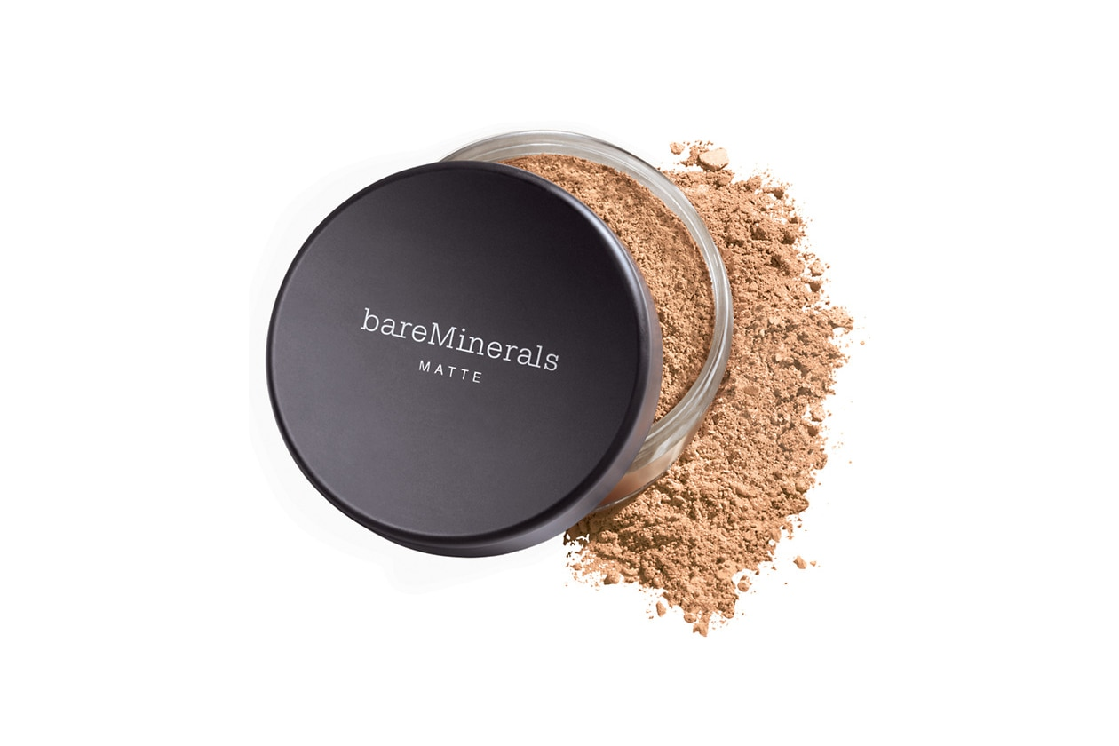 fondotinta per la pelle grassa: bareminerals matte foundation