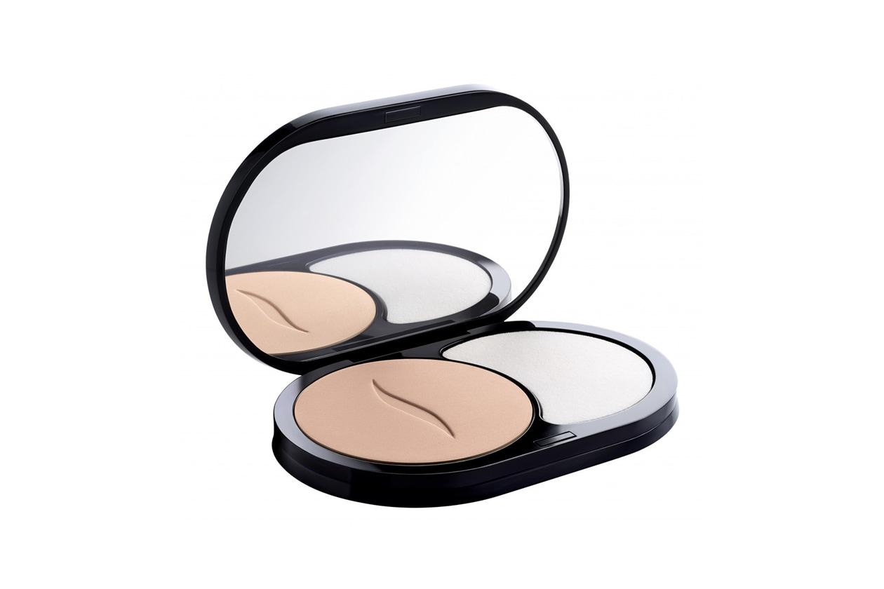 fondotinta per la pelle grassa: sephora Fondotinta compatto opacizzante 8H