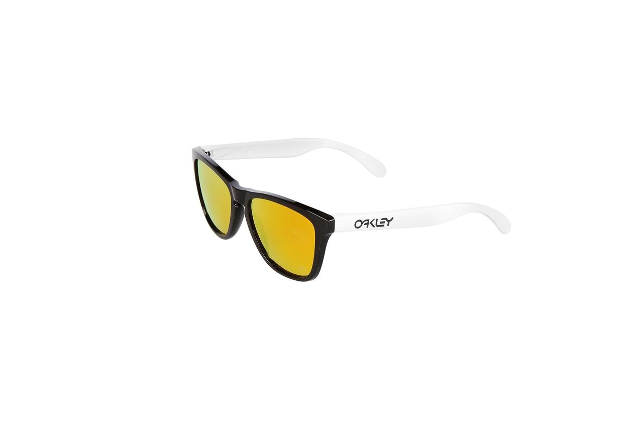 occhiali da sole specchiati uomo oakley