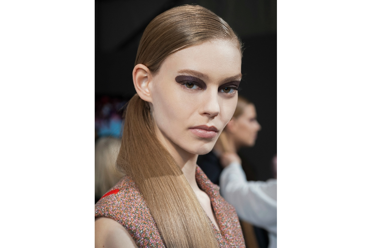 TENDENZE BEAUTY PFW AUTUNNO/INVERNO 2015-2016: SLEEK HAIR AND BOLD EYES