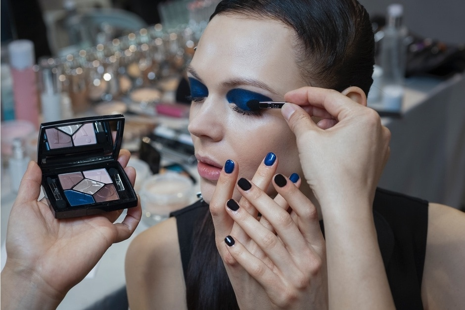 TENDENZE BEAUTY PFW AUTUNNO/INVERNO 2015-2016: BLACK & BLUE