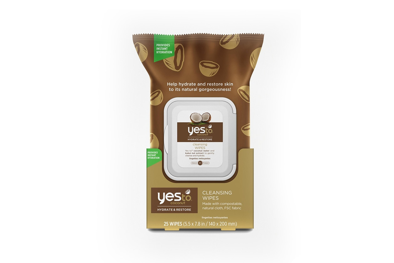 Beauty kit da festival: Yes To Coconut Cleansing Wipes