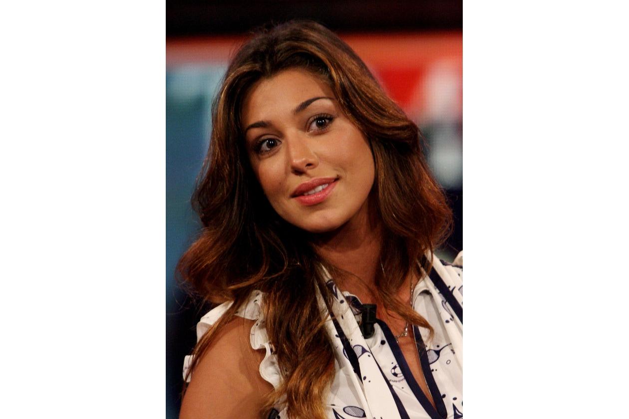 Belen Rodriguez capelli: castano caldo mosso