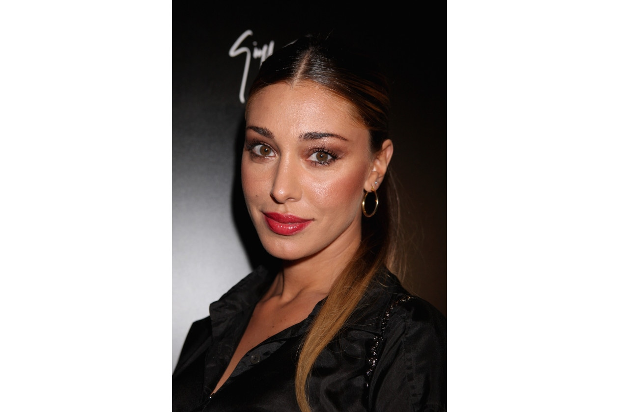Belen Rodriguez capelli: coda bassa