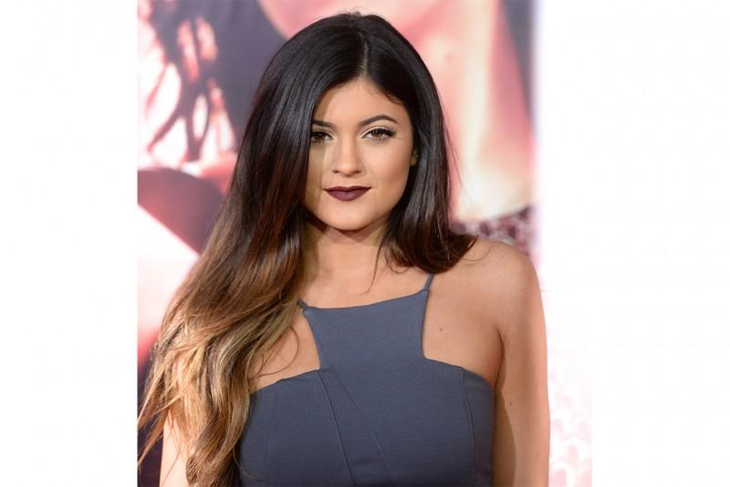Kylie Jenner capelli: capelli lunghi e shatush