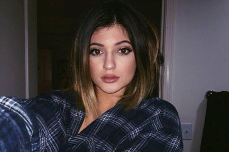 Kylie Jenner capelli: long bob con shatush