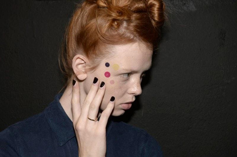 Reverse french manicure: Antonio Marras