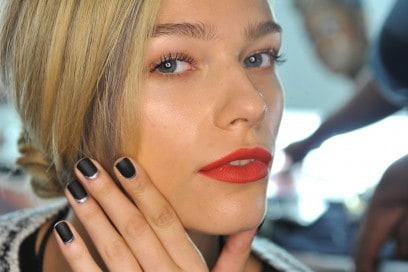 Reverse french manicure: Carmen Marc Valvo
