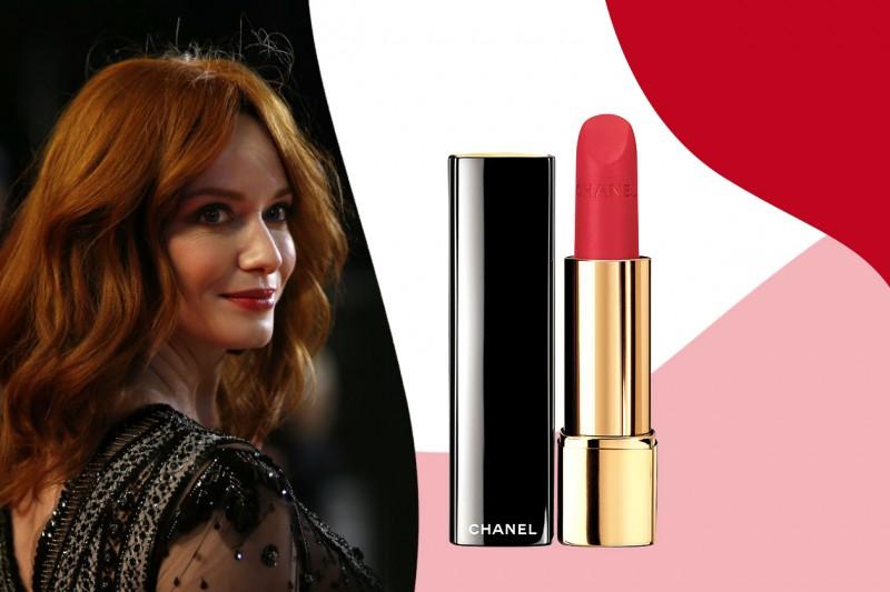 Rossetti rossi da red carpet: Chanel Le Rouge Allure Velvet in 49 La Pétillante – Christina Hendricks