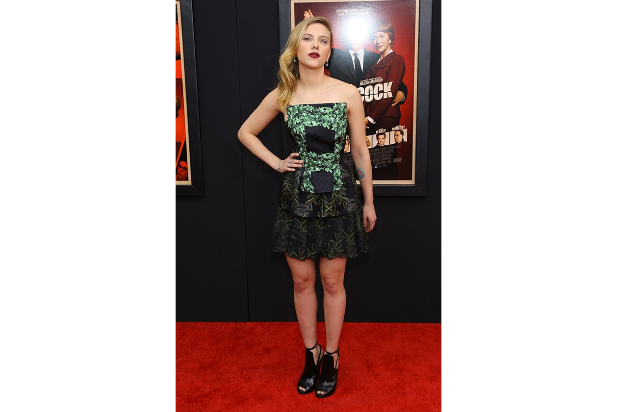 Style Icon Scarlett J 04