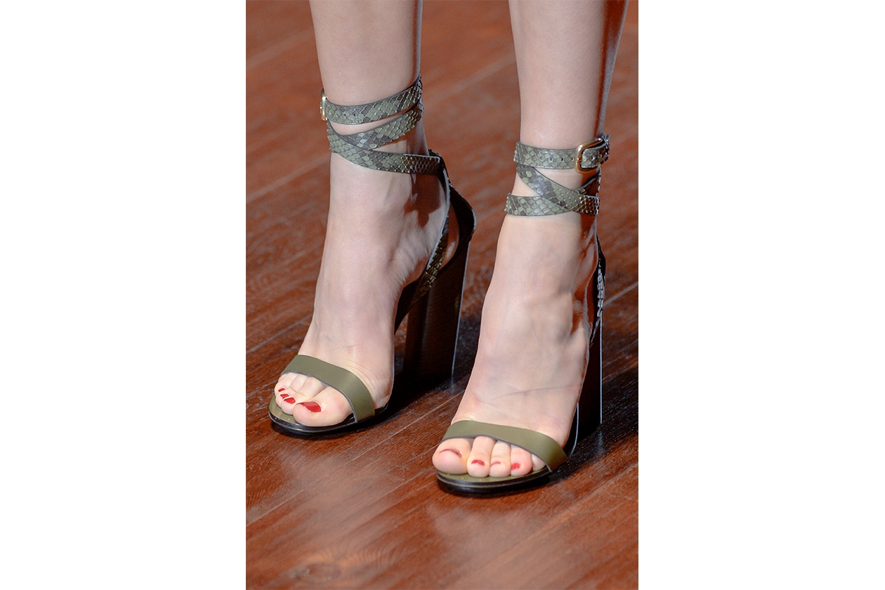 Tendenze smalti piedi per l'Estate 2015: Gucci