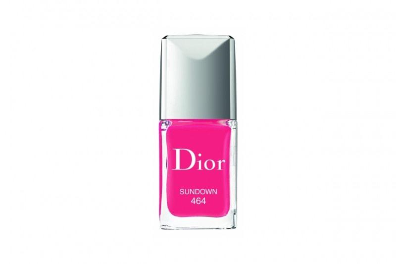 Unghie fluo: fucsia con Dior Vernish Sundown