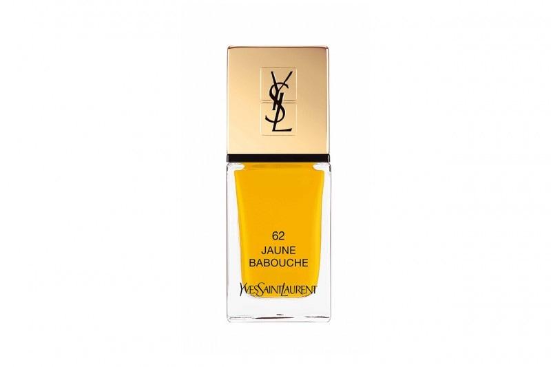 Unghie fluo: giallo senape con YSL La Laque Couture Jaune Babouche
