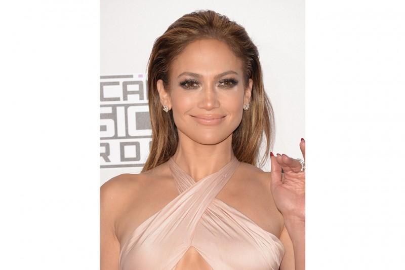 Capelli sleek delle star: Jennifer Lopez