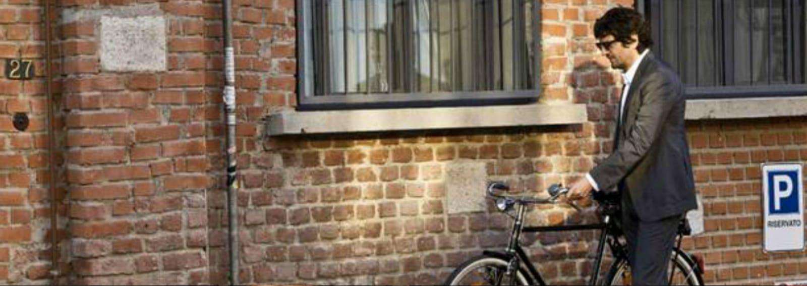 cover salone bicicletta desktop