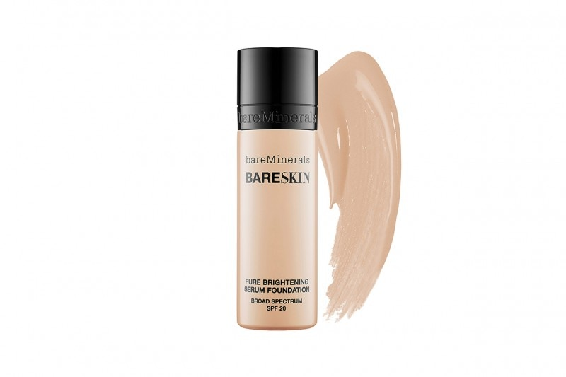 Fondotinta per la pelle secca: bareMinerals Bareskin Pure Brightening Serum Foundation