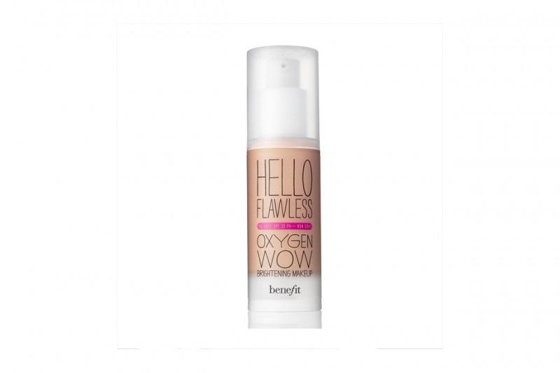 Fondotinta per la pelle secca: Benefit Hello Flawless Oxygen Wow Brightening Makeup