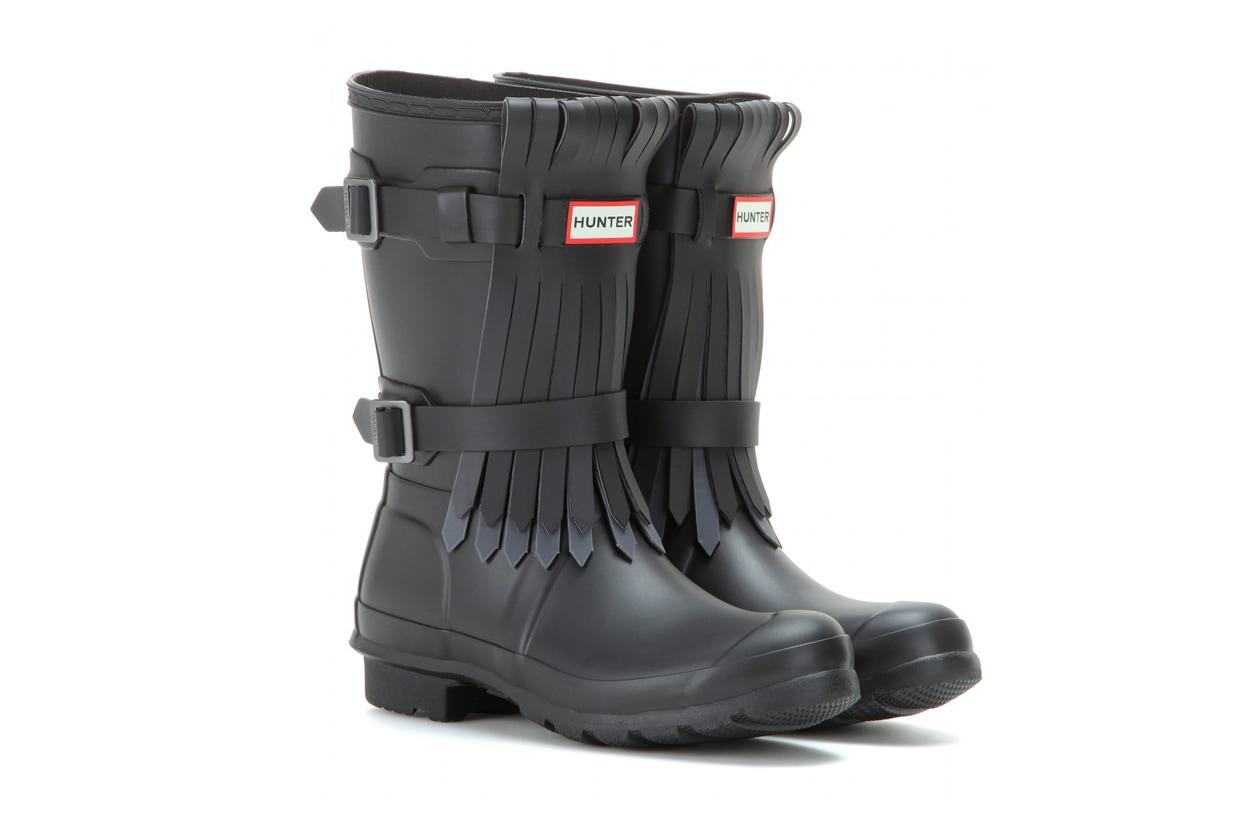 glastonbury style: rain boots hunter