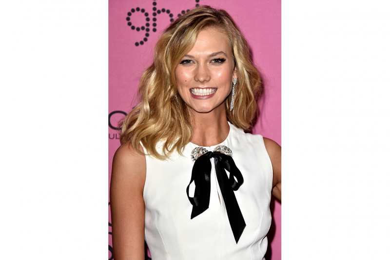 KARLIE KLOSS CAPELLI: BEACH WAVES