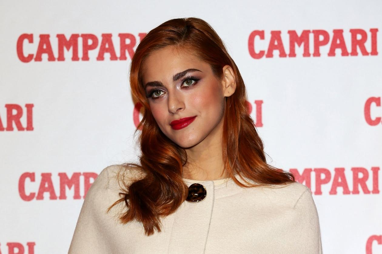 Miriam Leone capelli: rosso rame per l'acconciatura con onde