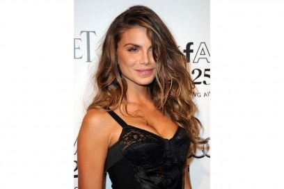 Nina Senicar trucco: beauty look radioso