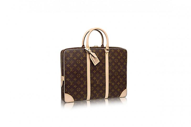 Accessori maschili per uno stile androgino: valigetta louis vuitton
