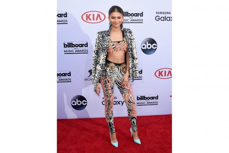 Billboard music awards 2015: zendaya
