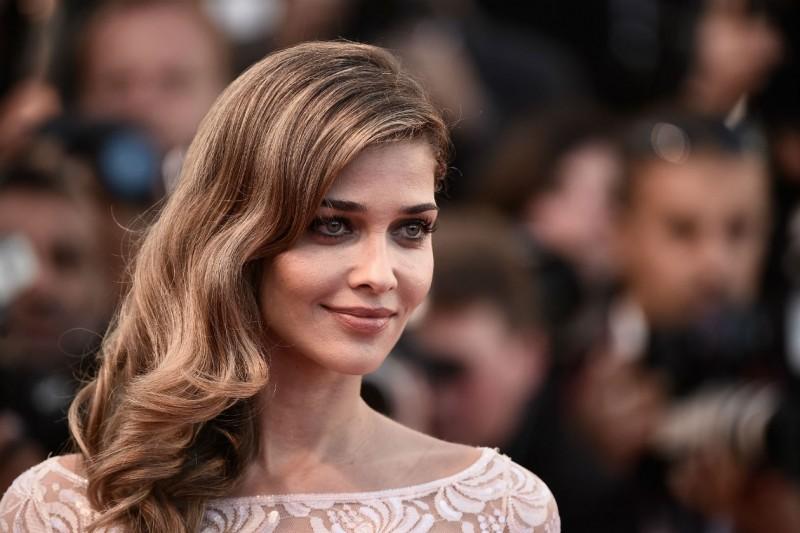 Cannes 2015 trucco e capelli: Ana Beatriz Barros
